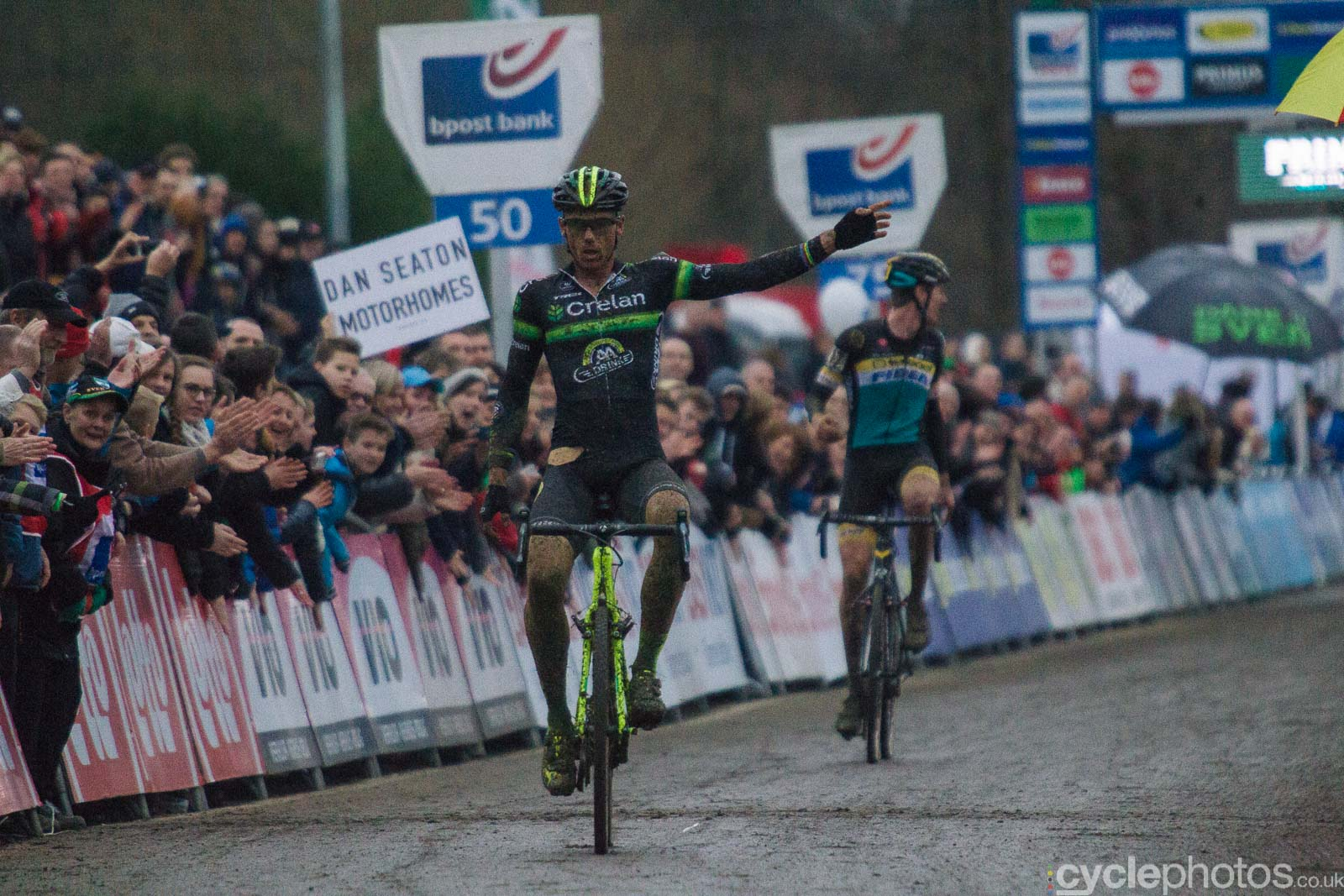 2016-cyclephotos-cyclocross-gpsvennys-160254-dan-seaton-motorhomes