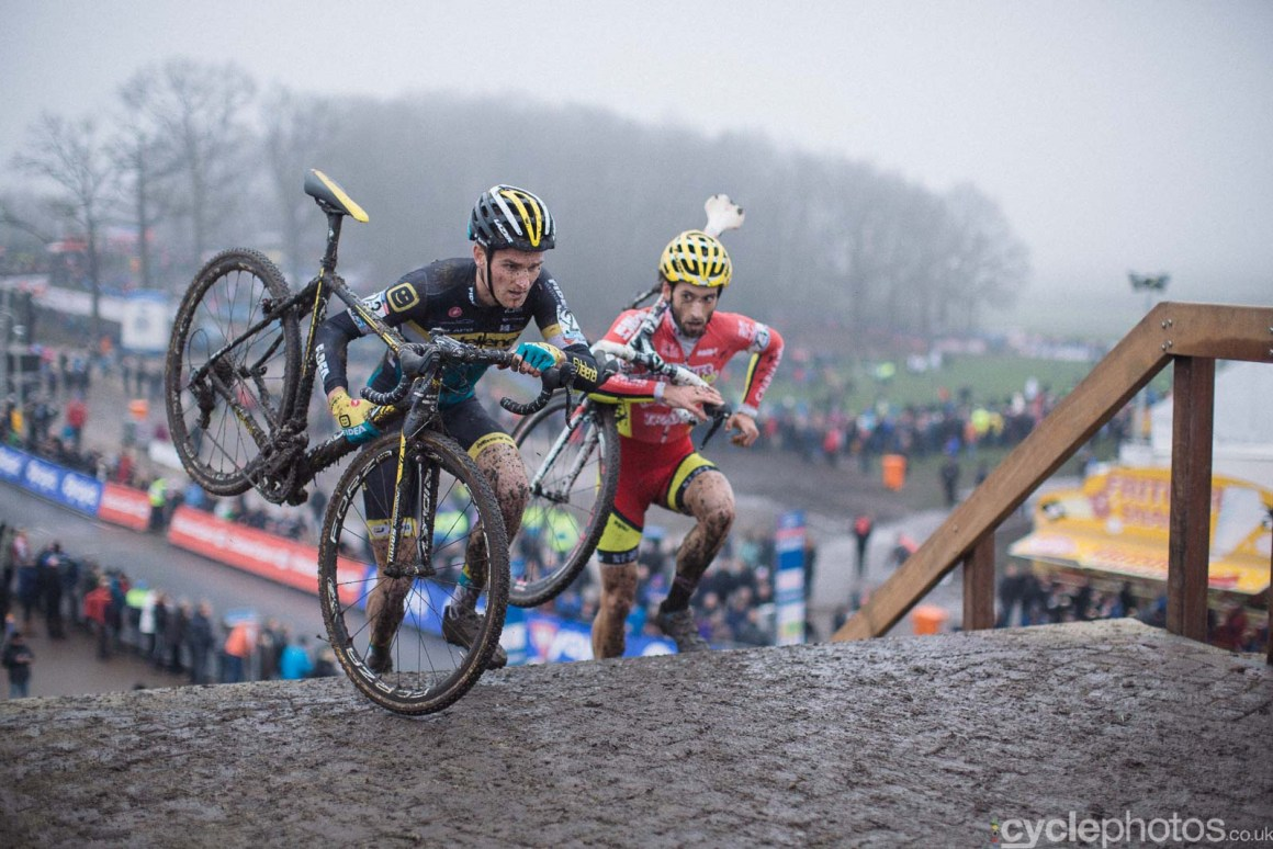 2016-cyclephotos-cyclocross-hoogerheide-151643-jim-aernouts