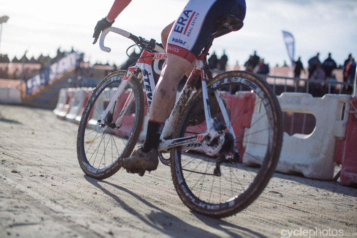 2016-cyclephotos-cyclocross-lignieres-153820-julien-taramarcaz