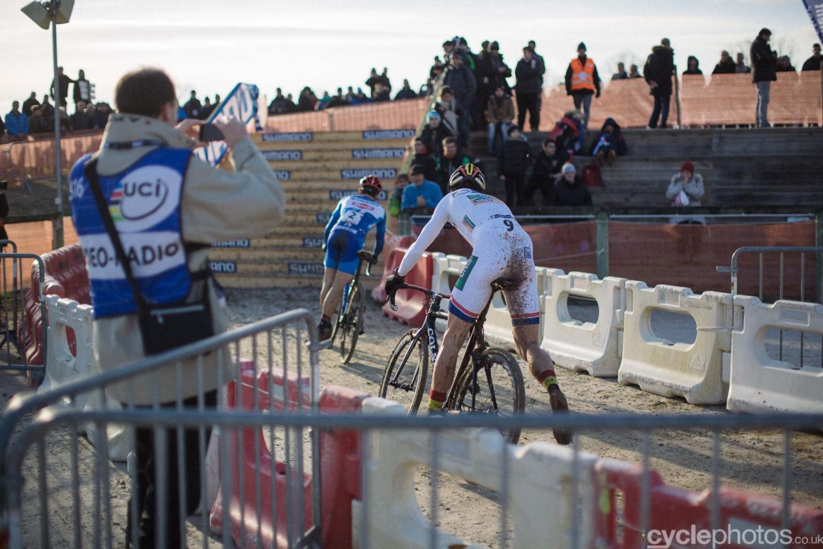 2016-cyclephotos-cyclocross-lignieres-155111-wout-van-aert