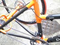 """Carbone / Acier fourche carbone  Axe des roues et les moyeu """"TRYKIT"""" bases et haubans en carbone, 2 freins disques"""