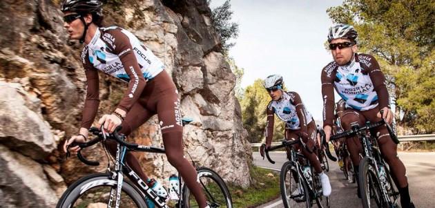 AG2R-La Mondiale prepare for the season on SRAM equipped bikes