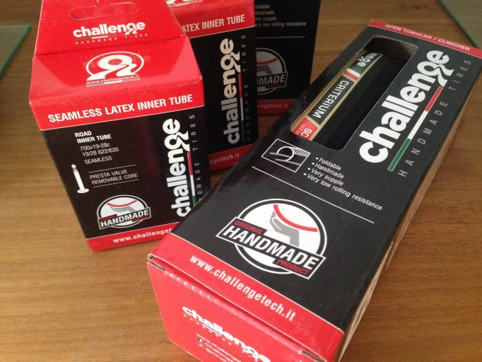 Challenge Criterium Open Road Tyre with SuperLite Corsa Latex Inner Tubes