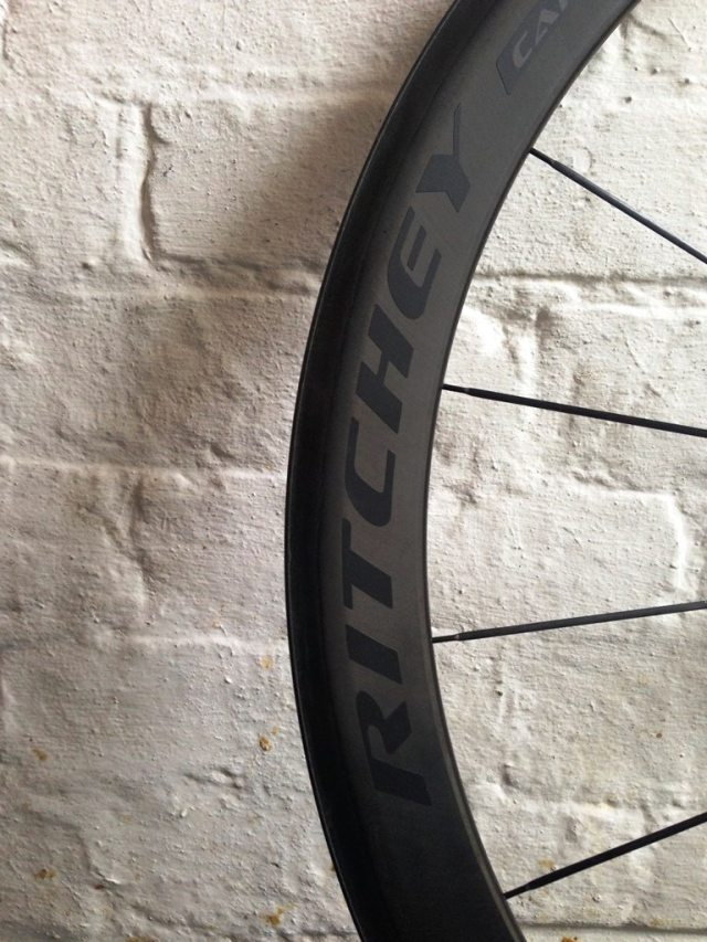 Reynolds-built Assault rims, 46mm deep section with Ritchey stealth decals