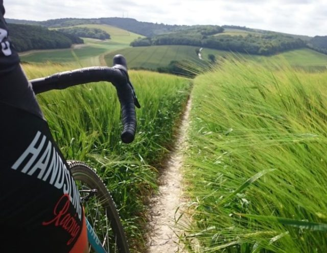 Rolling hills, green fields and white chalk