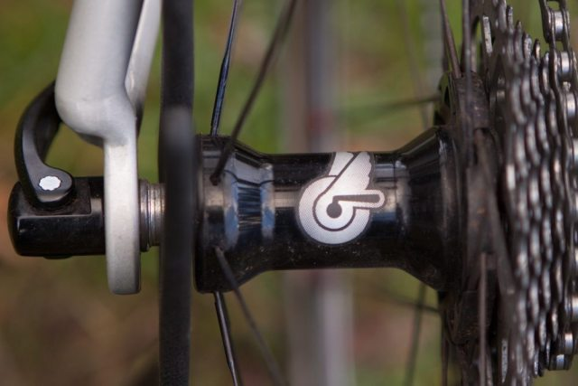 The Campagnolo Bullet Ultra uses an oversized hub and G3 spoke pattern to improve rigidity and improve power transfer