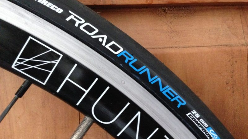 VEE TIRE CO. Road Runner Tyres Preview