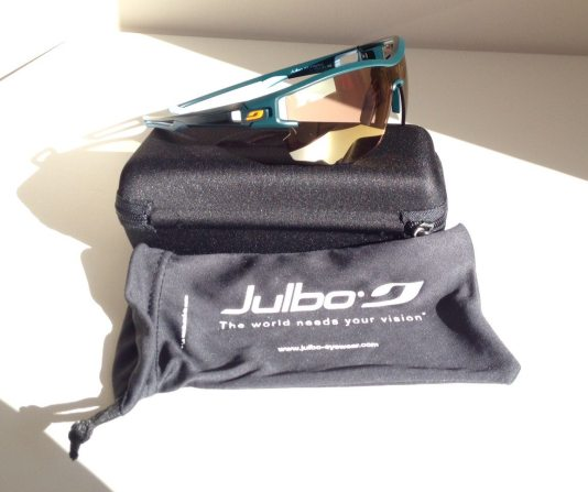 Julbo Aero bag and case