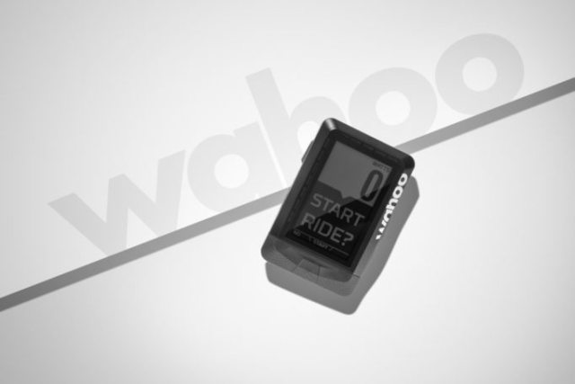 The Wahoo ELEMNT makes use of your mobile phone, while keeping it safely tucked away in your pocket
