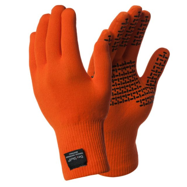 The Dexshell Thermfit Neo gloves are warm, dry and still let you feel what you are doing