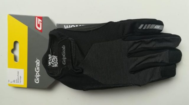 The GripGrab Progel Full Finger glove is an all round glove