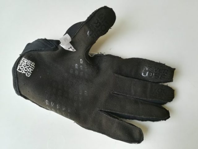 Some of the GripGrab Gloves, like the Racing and Vertical use InsideGrip Technology to improve feel