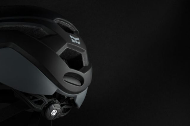 The Tava helmet uses a BOA closure at the rear