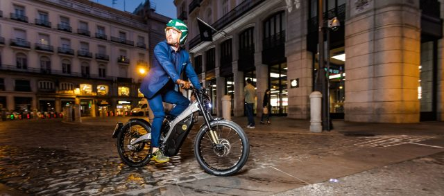 The Bultaco Albero is at home on the urban commute