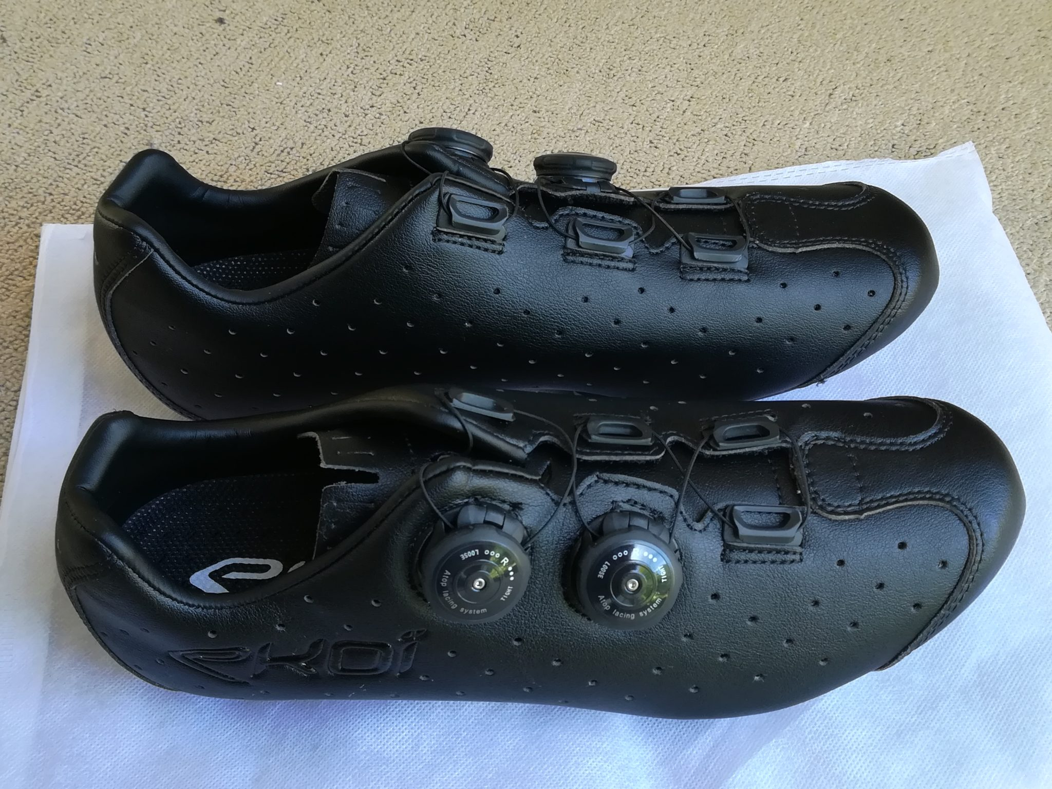 Ekoi R4 Road Shoes Review