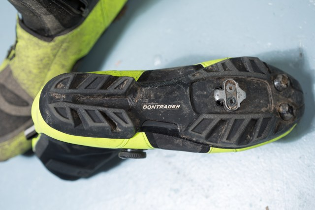 Offroad shoes make a lot of sense on winter rides