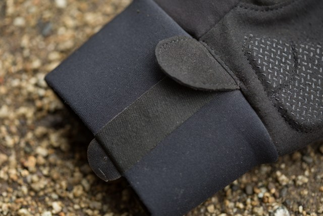 detail of the neoprene cuff on the Assos Ultraz Winter Glove