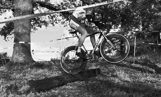 Lightweight Fernweg Cyclo-cross jumping