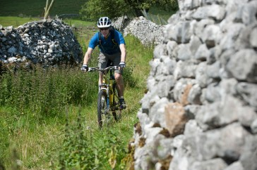 Mountain biking between the walls