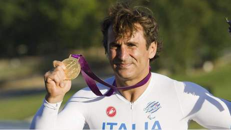 Zanardi wins H4 hand-cycle class individual time trial gold medal at Paralympics 2012