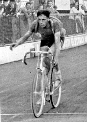 Fausto Coppi wins 1940 Giro d'Italia