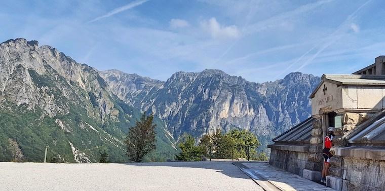 Ossario del Pasubio: un monumento immerso tra la storia e la natura delle Piccole Dolomiti