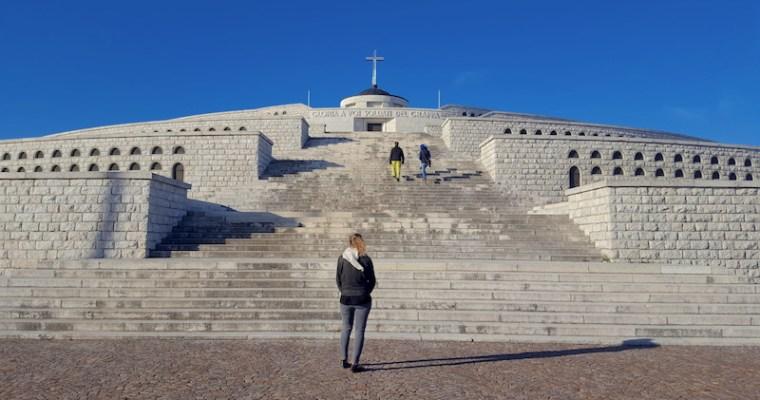 Sacrario del Monte Grappa: a piedi per ripercorre la storia bellica del fronte veneto