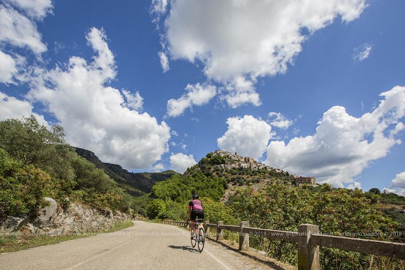 Monti Alburni (Cilento): il giro completo in bicicletta