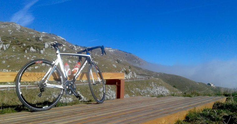Cima Grappa da Semonzo (TV): la strada Generale Giardino in bicicletta