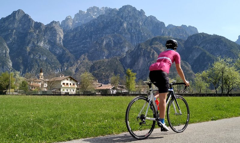 Parco naturale delle Dolomiti Friulane: sette valli da scoprire in bicicletta