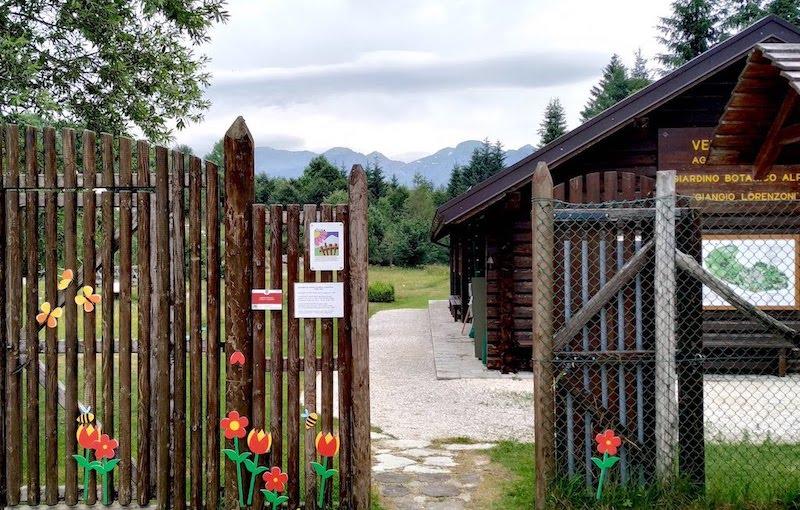 ingresso-giardino-botanico-alpino-giangio-lorenzoni-pian-del-cansiglio_cosa-vedere-sul-cansiglio
