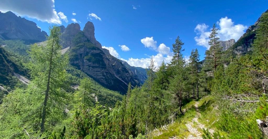 Dal rifugio Pordenone a Casera Val Binon