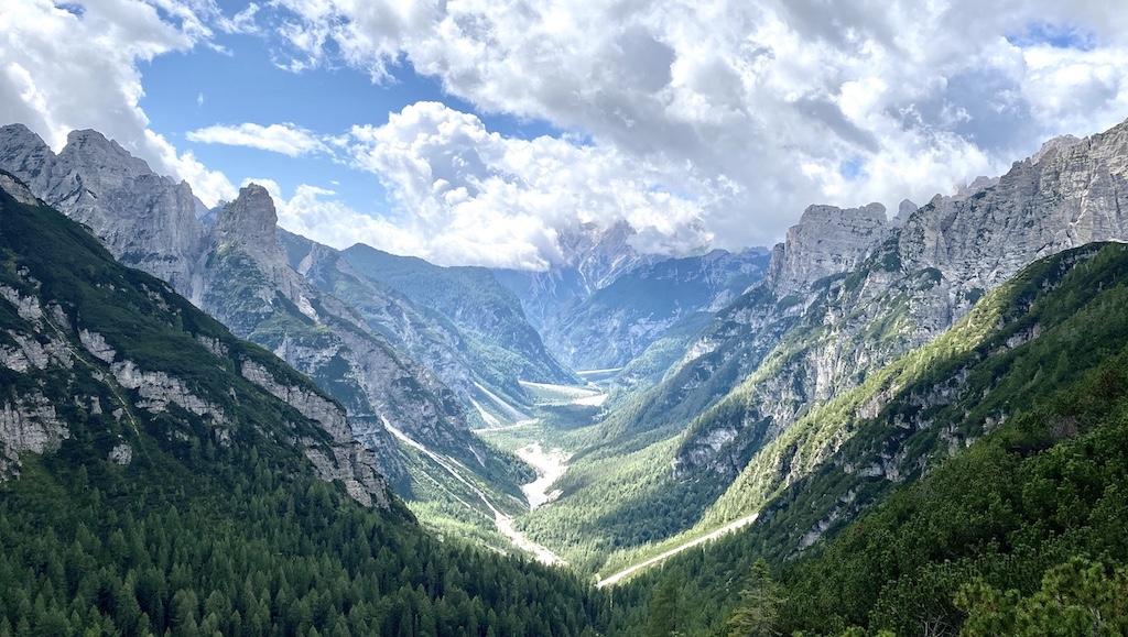 Una panoramica della Val Cimoliana