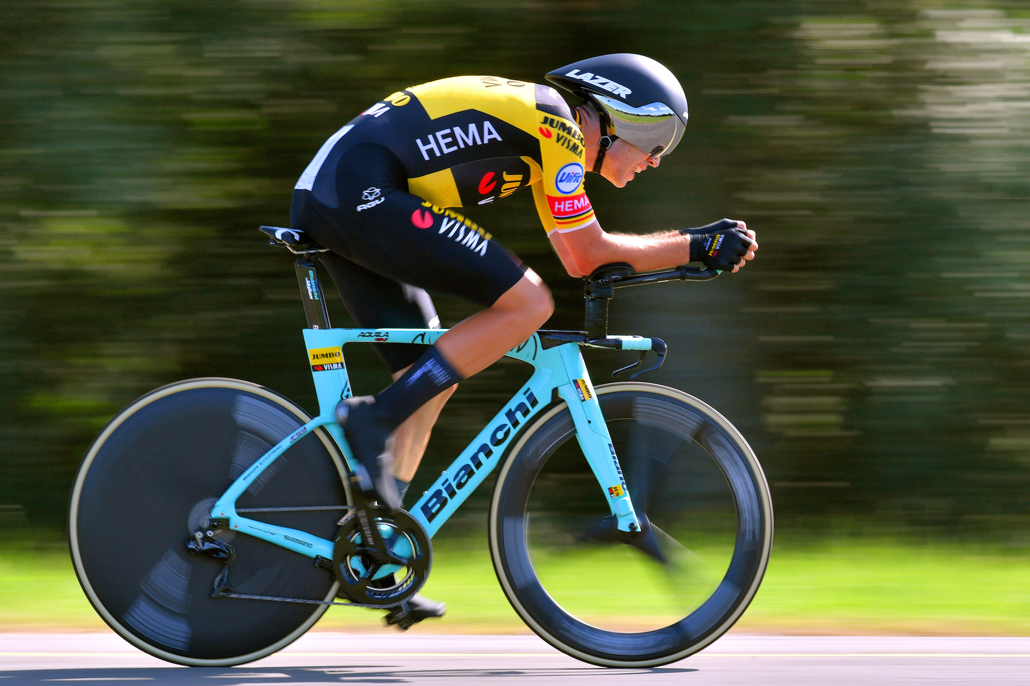 https cyclingmagazine ca sections gear reviews helmets jumbo visma will debut a new time trial helmet at the tour de france