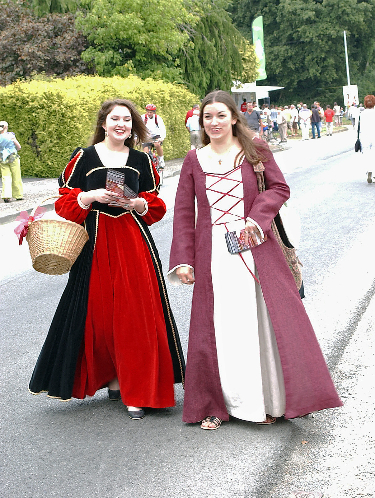 French Traditional Dress