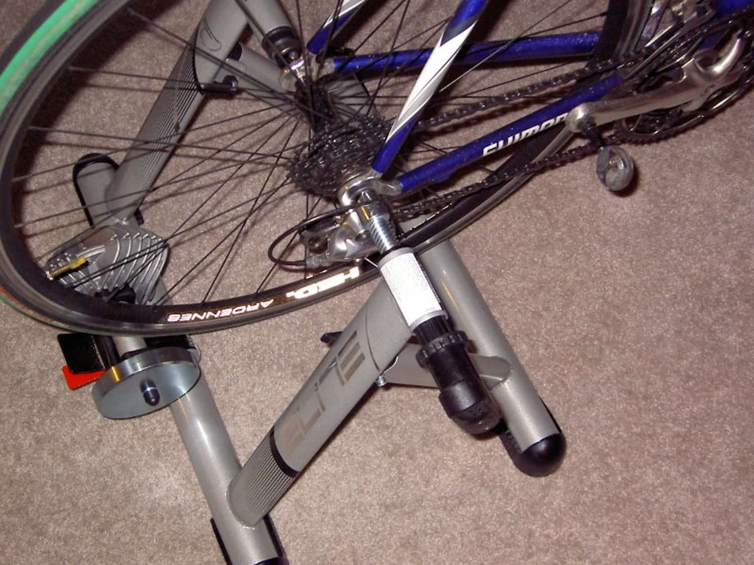 Cycling In Cold Weather - Turbo Trainer