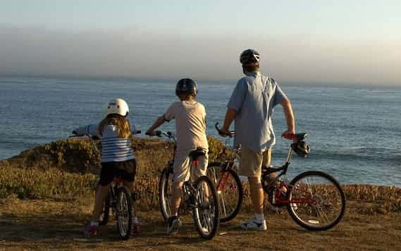 Cycling With The Kids - Family Bike Ride