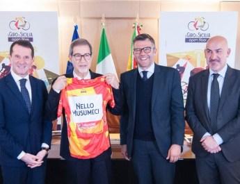 RCS Sport annonce le retour du Tour de Sicile et le départ du Giro 2021 sur l'île