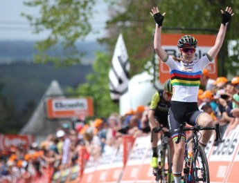 Flèche Wallonne féminine : Van der Breggen, la reine du Mur