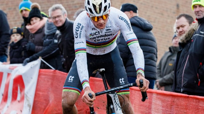 Cyclo-cross Overijse 2019 - Attaque Mathieu Van der Poel - Alain VDP Photography