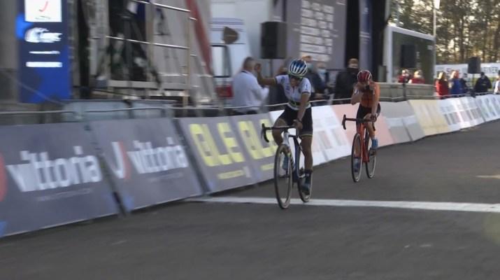 Ceylin Del Carmen Alvarado - Championne d'Europe de cyclo-cross 2020 - Capture Eurosport