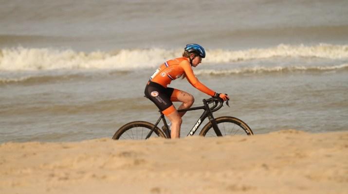 Aniek van Alphen - Championnats du monde de cyclo-cross 2021 - Alain Vandepontseele