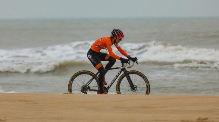 Denise Betsema Plage - Championnats du monde cyclo-cross 2021 - Alain Vandepontseele