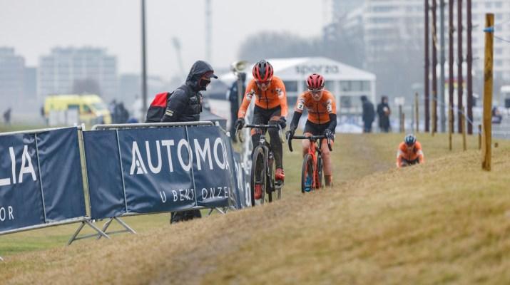 Denise Betsema et Annemarie Worst - Championnats du monde cyclo-cross 2021 - Alain Vandepontseele