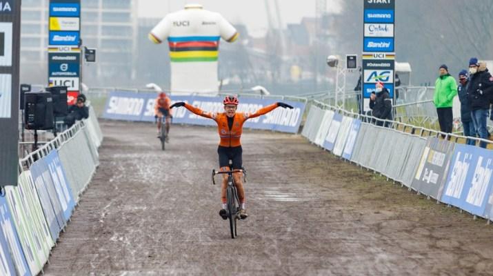 Pim Ronhaar Heureux - Championnats du monde cyclo-cross 2021 - Alain Vandepontseele