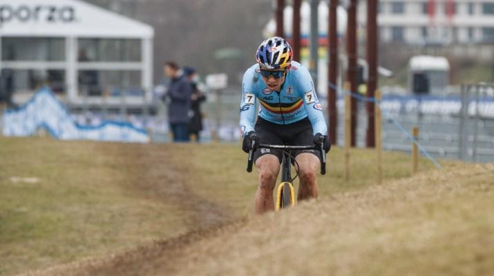 Wout van Aert Poursuite Hippodrome - Championnats du monde de cyclo-cross 2021 - Alain Vandepontseele
