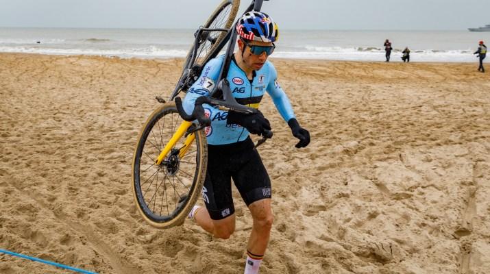 Wout van Aert à Pied Sable - Championnats du monde de cyclo-cross 2021 - Alain Vandepontseele