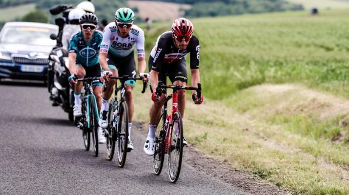 Attaque Brent Van Moer - 1re étape Critérium du Dauphiné 2021 - ASO Fabien Boukla