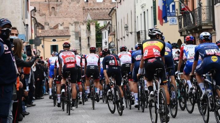 Peloton - 14e étape Tour d'Italie Giro 2021 - RCS Sport La Presse Gian Mattia D'Alberto