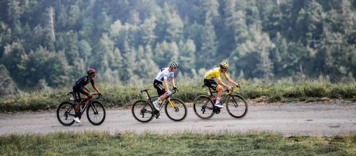 Attaque Richard Carapaz Jonas Vingegaard Tadej Pogacar - Col du Portet - 17e étape Tour de France 2021 - ASO Pauline Ballet